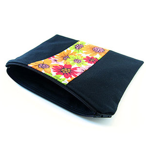 Pouch001_01